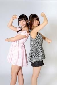 モデル:栗田恵美・水月桃子
