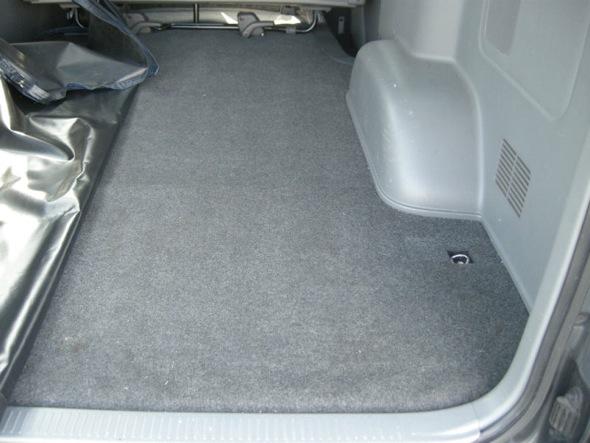 ノーマルのカーペット床