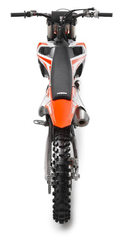 141637_KTM 450 SX-F rear top MY2017 studio