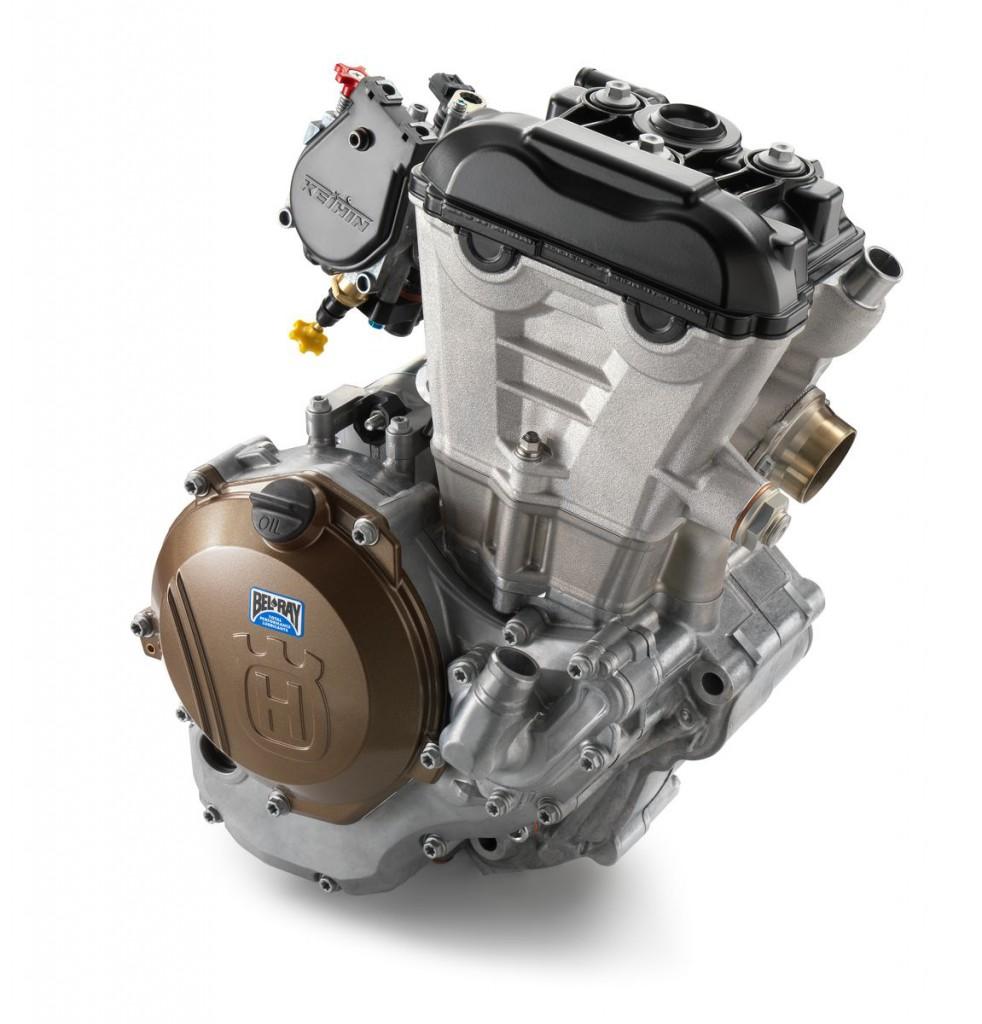 21975_FC_350_2017_engine