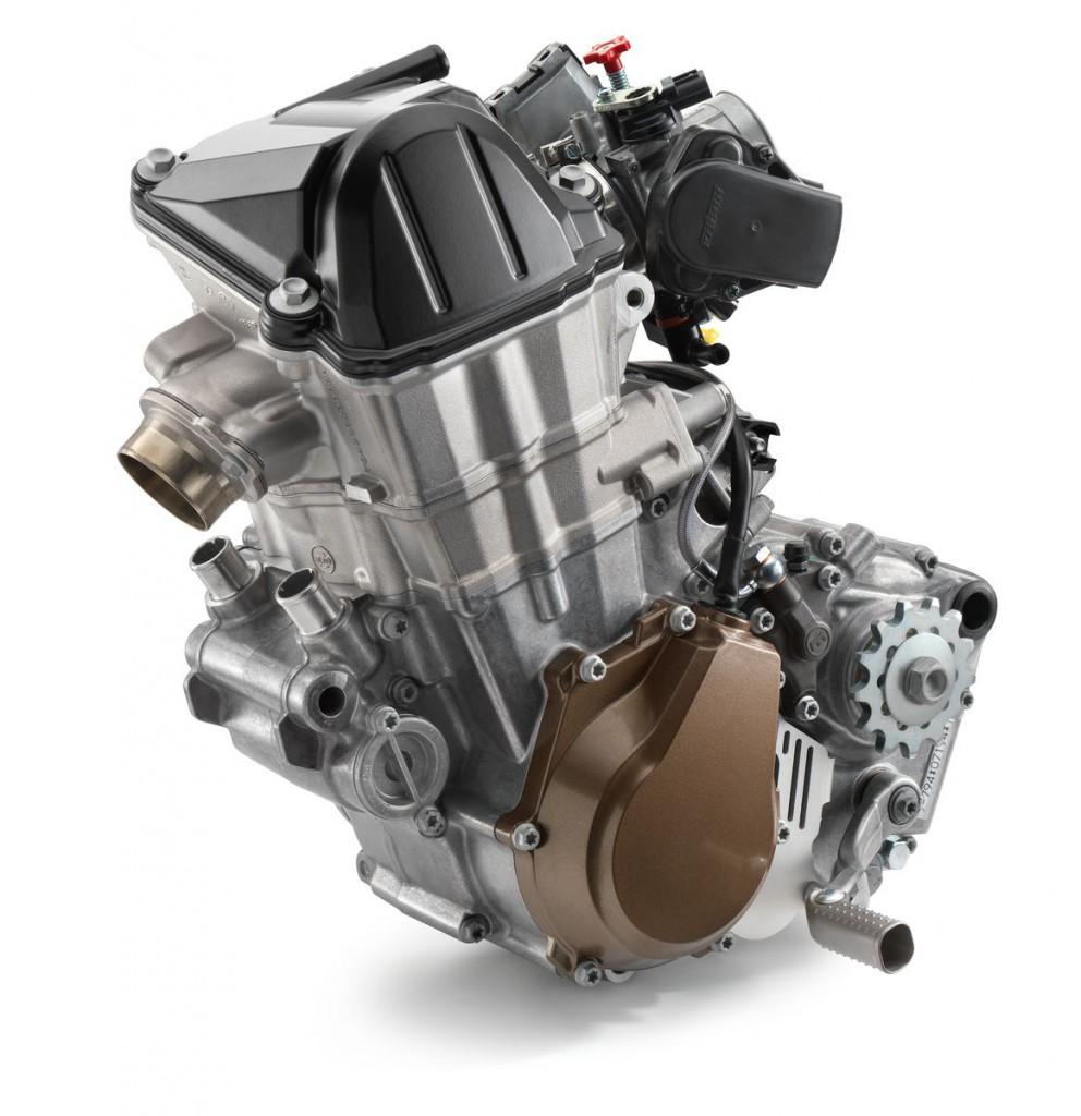 21976_FC_450_2017_engine