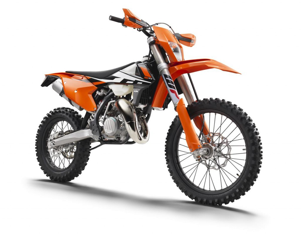KTM 125 XC-W_right front